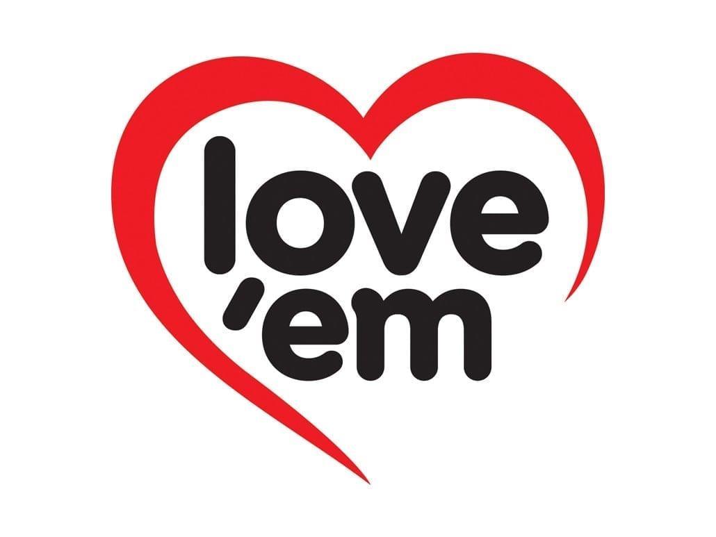 love em logo